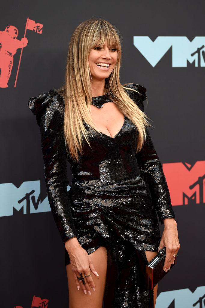 Черная королева: Хайди Клум на церемонии MTV (фото 1)