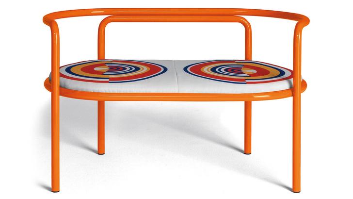 Хорошо сидим: 15 дизайнерских скамеек для дачи (фото 2)