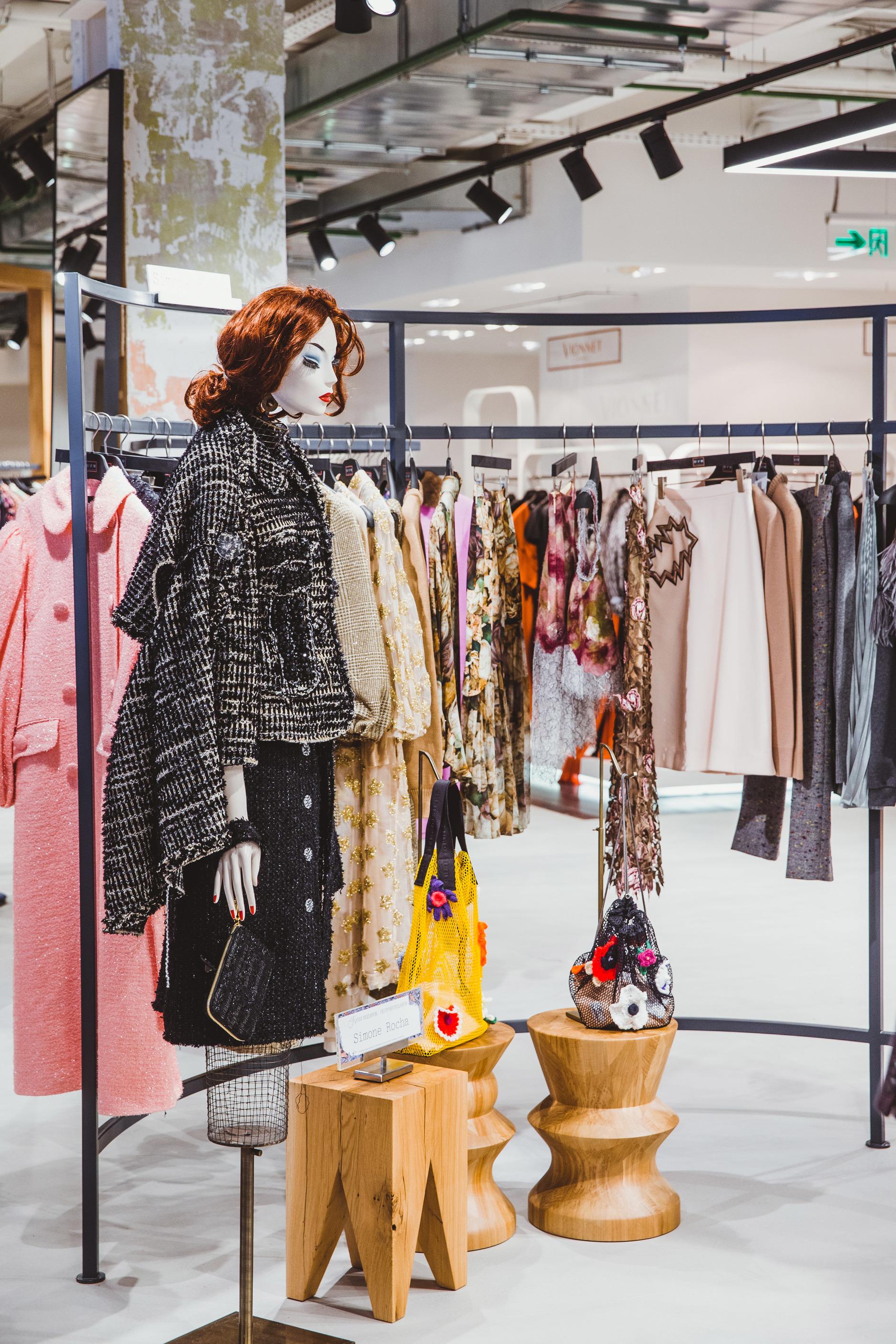Как выглядят пространства успешных fashion-брендов (галерея 8, фото 0)