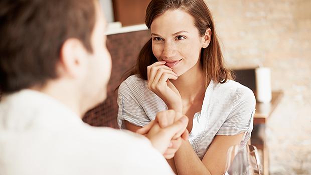 Как девушке вести себя на первом свидании с мужчиной