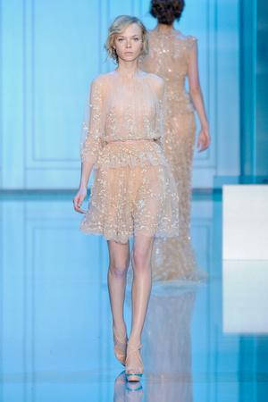 Показ Elie Saab коллекции сезона Осень-зима 2011-2012 года haute couture - www.elle.ru - Подиум - фото 278798