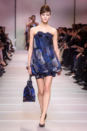 Показ Giorgio Armani Privé коллекции сезона Весна-лето 2018 года Haute couture - www.elle.ru - Подиум - фото 676601
