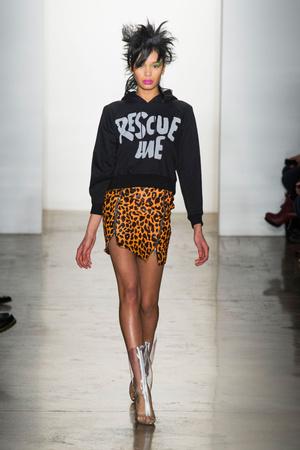 Показы мод Jeremy Scott Осень-зима 2013-2014 | Подиум на ELLE - Подиум - фото 815