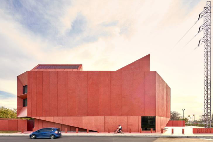 Рубиновый город: арт-центр по дизайну Дэвида Аджайе в Техасе (фото 2)