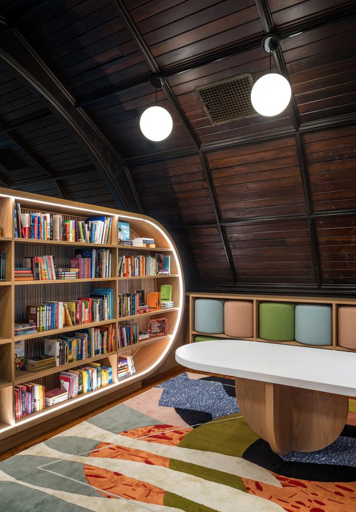 Яркая детская библиотека в Нью-Йорке (фото 0)