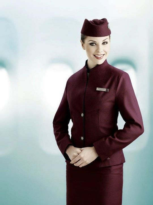 форма стюардессы фото Qatar Airways