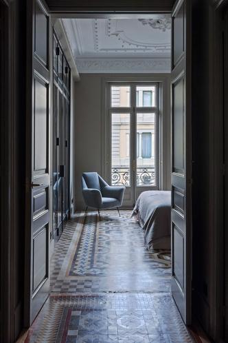 Современная квартира в доме Гауди в Барселоне (фото 9.1)