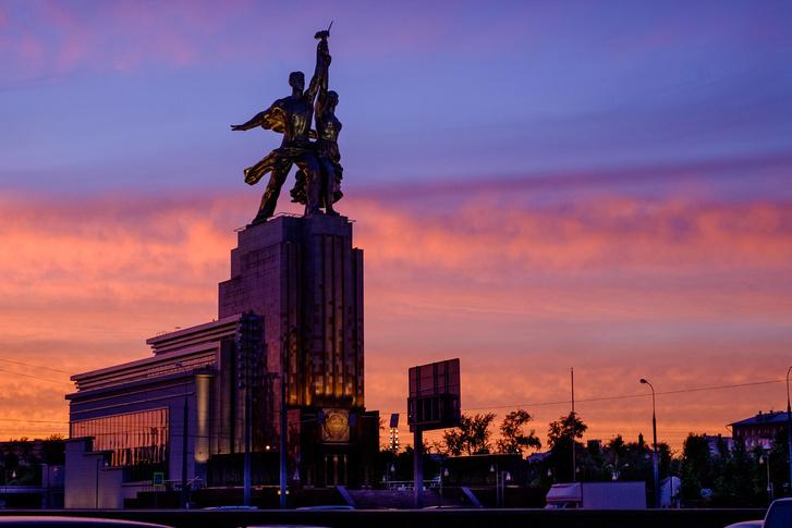 130-летие скульптора Веры Мухиной на ВДНХ (фото 2)