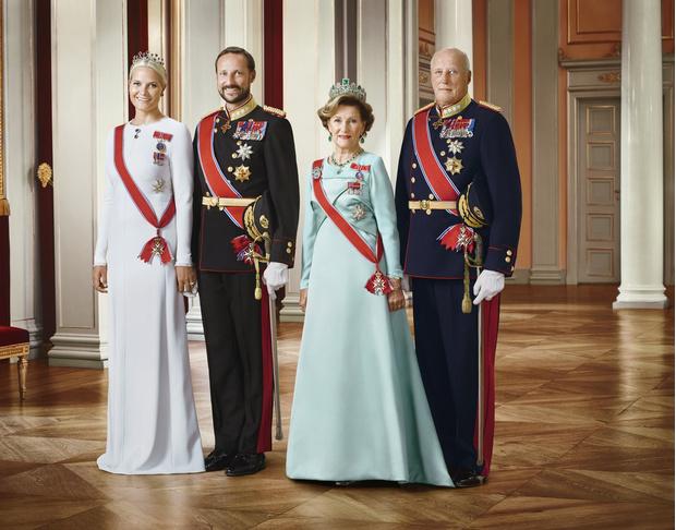 Не только Виндзор: самые влиятельные королевские семьи нашего времени (фото 12)