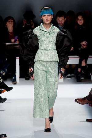 Показ Schiaparelli коллекции сезона Весна-лето 2014 года Haute couture - www.elle.ru - Подиум - фото 574213