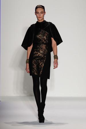 Показ Joanna Mastroianni коллекции сезона Осень-зима 2013-2014 года Prêt-à-porter - www.elle.ru - Подиум - фото 489983