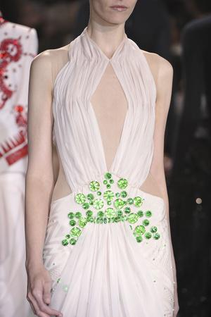 Показ Givenchy коллекции сезона Осень-зима 2009-2010 года haute couture - www.elle.ru - Подиум - фото 87794