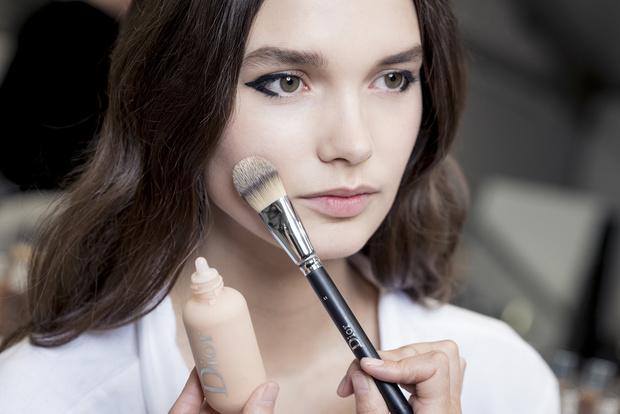 Самый модный макияж будущего сезона по версии Dior (фото 2)