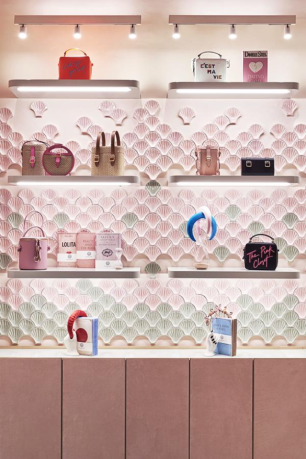 Нежно-розовый бутик по дизайну Кристины Челестино (фото 7)