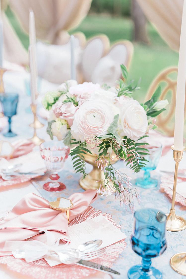 20 идей для сервировки и декора свадебного стола (галерея 1, фото 1)