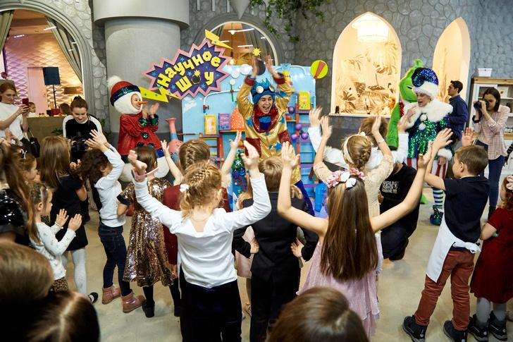 Детская новогодняя елка Hearst Shkulev Group (фото 3)
