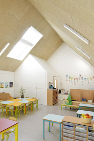 Деревянная школа на юге Франции от Tracks Architectes (фото 5.1)