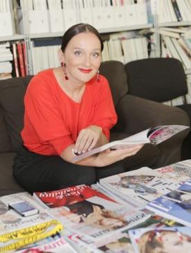 Главный редактор журнала ELLE Елена Сотникова приняла участие в съемках телеканала STV