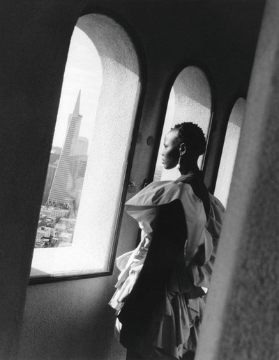 Под солнцем Сан-Франциско: новая кампания Alexander McQueen (галерея 6, фото 6)