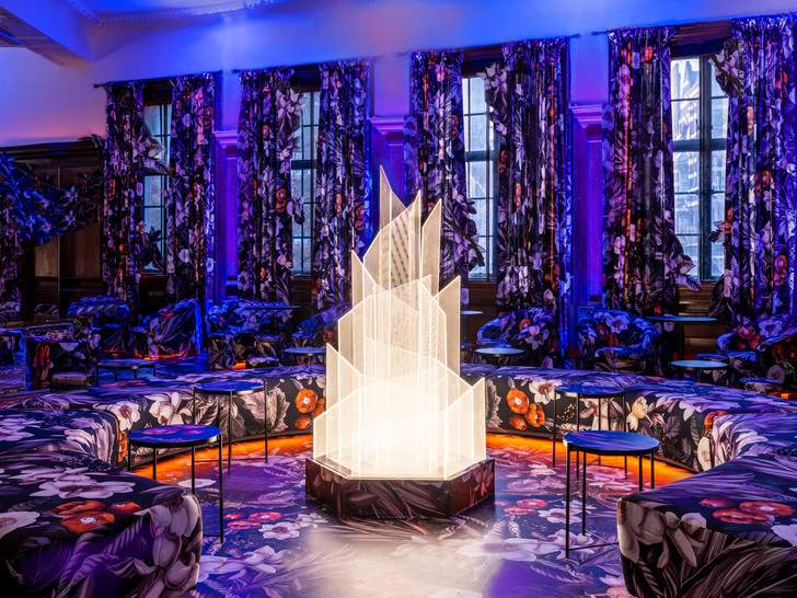 VIP-лаунж по дизайну Megre Interiors (фото 0)