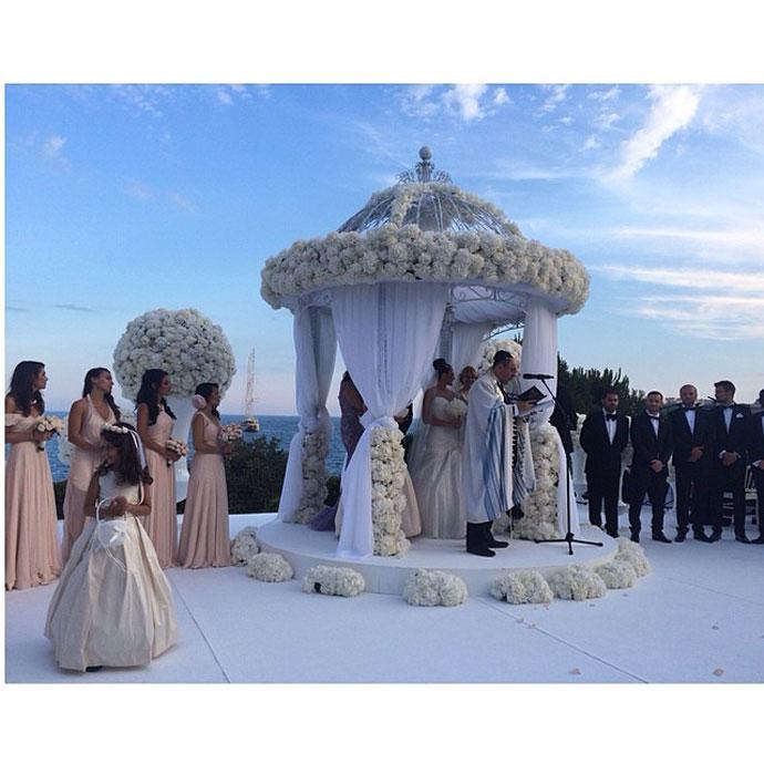 aee3f00a8bc Самые красивые свадьбы российских звезд  фото