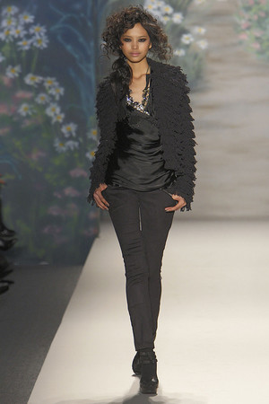 Показы мод Tracy Reese Осень-зима 2010-2011 | Подиум на ELLE - Подиум - фото 2840