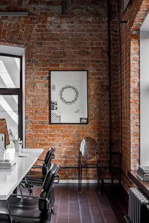 Атмосферный офис дизайн-студии Aiya Design в Москве (фото 21.1)