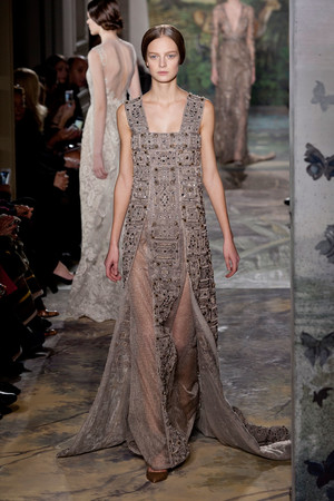 Показ Valentino коллекции сезона Весна-лето 2014 года haute couture - www.elle.ru - Подиум - фото 575256