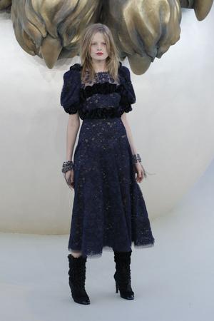 Показ  коллекции сезона Осень-зима 2010-2011 года haute couture - www.elle.ru - Подиум - фото 167898