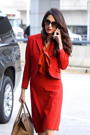 15 образов Амаль Клуни для деловых встреч и свиданий (фото 1.1)