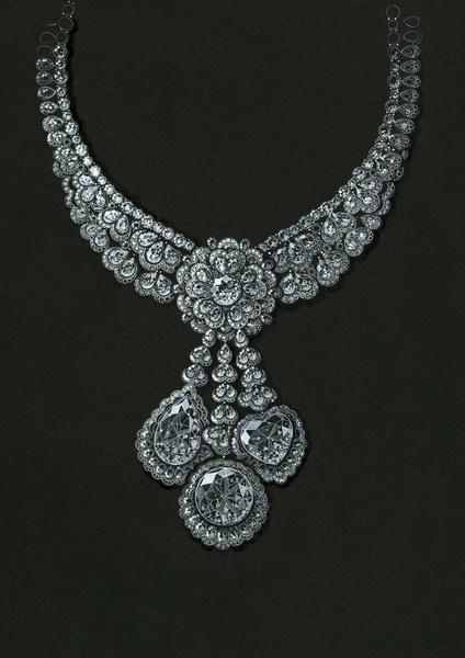 Самые роскошные ювелирные коллекции этого года | галерея [2] фото [6]
