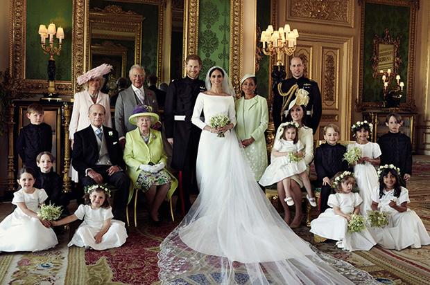 Чем отличаются свадебные портреты Меган и Гарри от фотосессии Кейт и Уильяма? (фото 3)