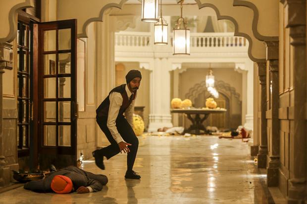 Кино недели: «Отель Мумбаи: Противостояние», Хэтэуэй и спойлеры (фото 10)