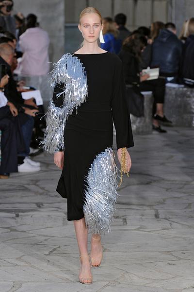 Неделя моды в Париже: день четвертый | галерея [1] фото [11]