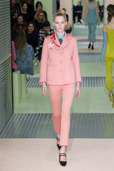 Показ Prada на Неделе моды в Милане | галерея [1] фото [1]
