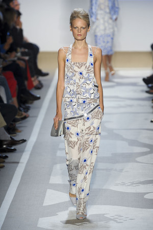 Показ Diane Von Furstenberg коллекции сезона Весна-лето 2012 года prêt-à-porter - www.elle.ru - Подиум - фото 293700