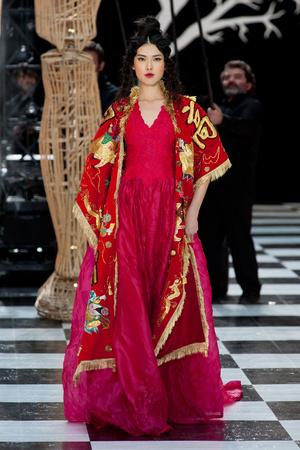 Показ Franc Sorbier коллекции сезона Весна-лето 2014 года haute couture - www.elle.ru - Подиум - фото 575074