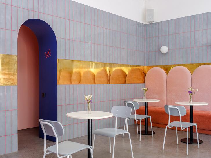 Кафе в Одессе по мотивам фильмов Уэса Андерсона (фото 13)