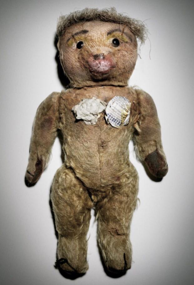Что случилось с мишкой Жан-Поля Готье, ставшим главным героем его шоу? (фото 1)