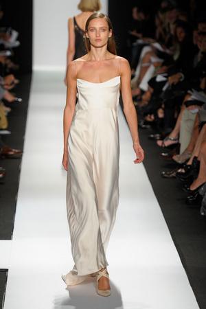 Показы мод Narciso Rodriguez Весна-лето 2011 | Подиум на ELLE - Подиум - фото 2647