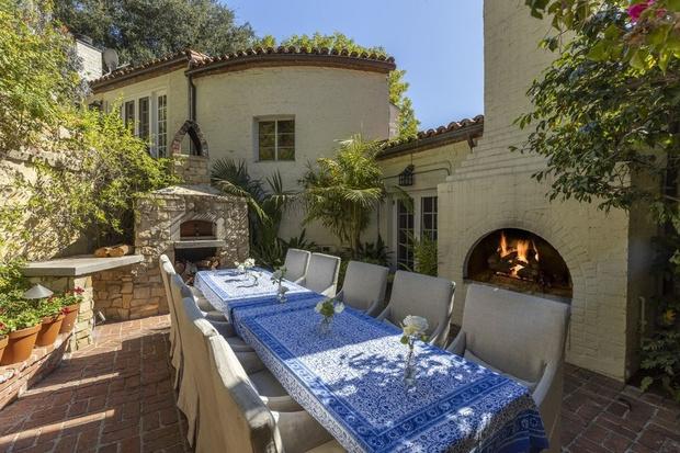 Бывший дом Кэтрин Хэпберн в Голливуде выставлен на продажу (фото 2)