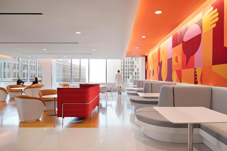 Яркая больница в Чикаго лечит дизайном (фото 5)
