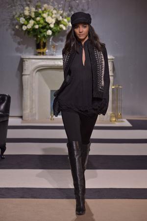 Показ H&M Studio коллекции сезона Осень-зима 2013-2014 года Prêt-à-porter - www.elle.ru - Подиум - фото 533974