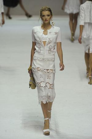 Показ Dolce & Gabbana коллекции сезона Весна-лето 2011 года Prêt-à-porter - www.elle.ru - Подиум - фото 183854