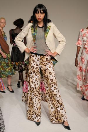 Показы мод Duro Olowu Весна-лето 2012 | Подиум на ELLE - Подиум - фото 2037