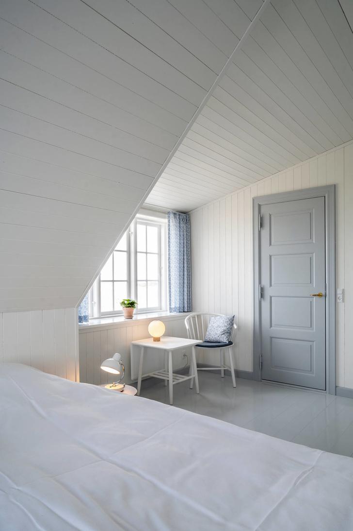 Владельцы восстановили отель у Северного моря (фото 12)