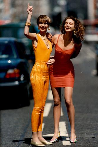 Тренд: вечерние платья в желтой гамме фото [5]
