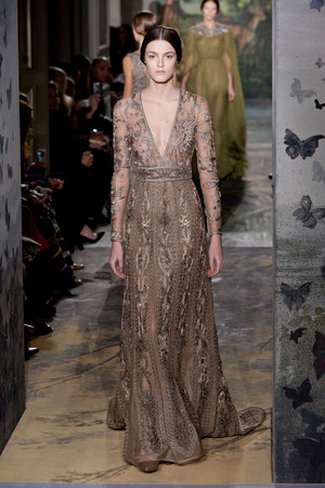 Показ Valentino коллекции сезона Весна-лето 2014 года haute couture - www.elle.ru - Подиум - фото 575258