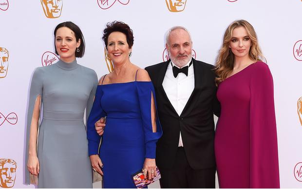 Прекрасные победительницы: звезды сериала «Убивая Еву» на церемонии BAFTA (фото 3)