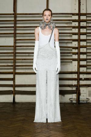 Показ Givenchy коллекции сезона Весна-лето 2012 года Haute couture - www.elle.ru - Подиум - фото 332734